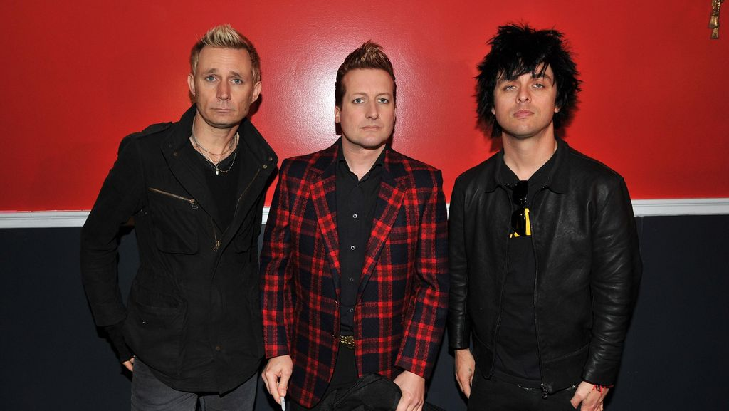 Drama Perampokan Bank di Video Klip Baru Green Day