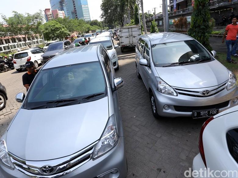 Dishub Jatim akan Gelar Operasi Taksi Online Ilegal