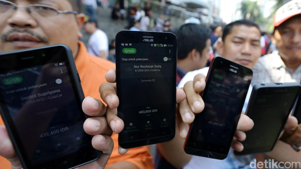 Tarif Batas Atas dan Bawah Taksi Online Segera Ditetapkan