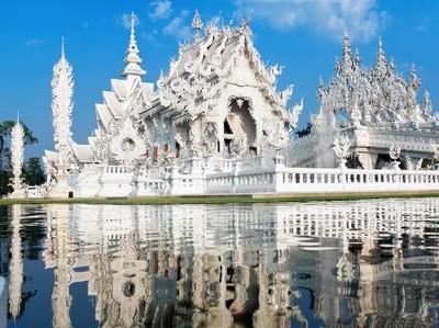 Vihara di Thailand yang Menggambarkan Surga & Neraka