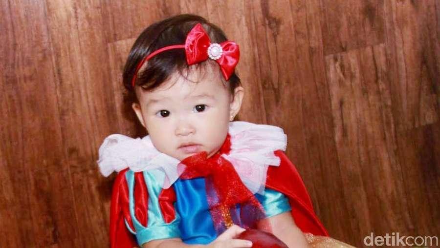 Putri Ruben Onsu dan Sarwendah Ngegemesin Jadi Snow White