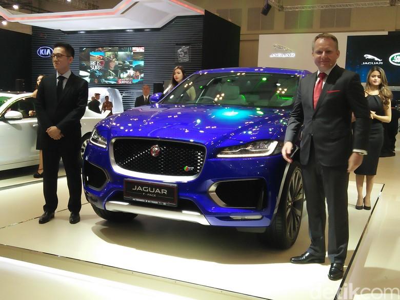 Jaguar Luncurkan Sedan XF dan SUV Mewah F-Pace