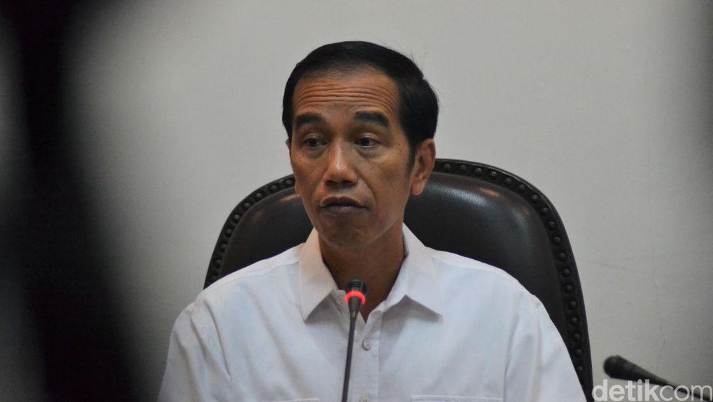Jokowi Bertemu Dekopin, Bahas Koperasi Hingga Sembako