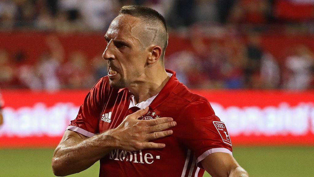 Dari Juve Sampai Chelsea, Klub-Klub yang Pernah Ditolak Ribery