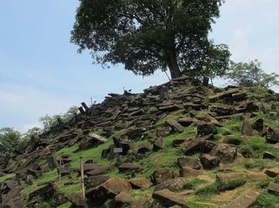 3 Piramida Kuno yang Jadi Misteri di Indonesia