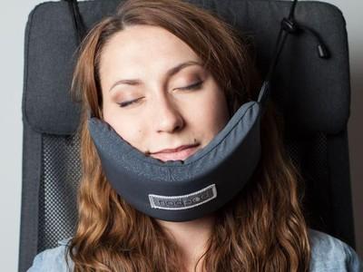 Tidur Makin Nyenyak di Pesawat dengan 4 Bantal Masa Depan