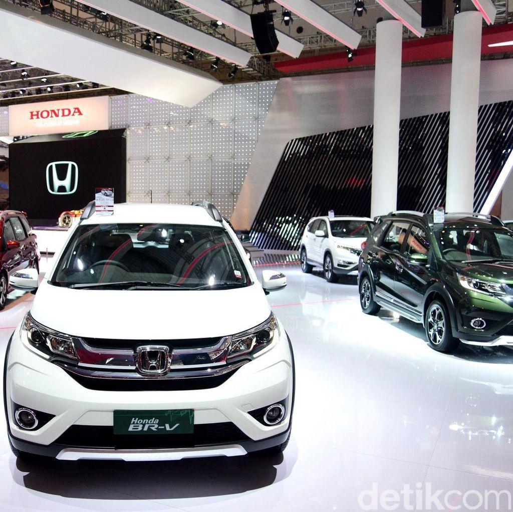 Penjualan Mobil di Indonesia Naik