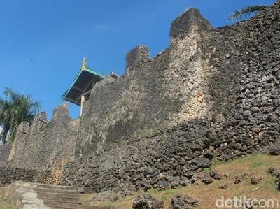 Inilah Benteng Terluas di Dunia dari Indonesia