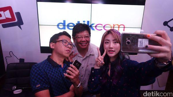 Ngevlog Keroyokan dengan Senjata Galaxy Note 7