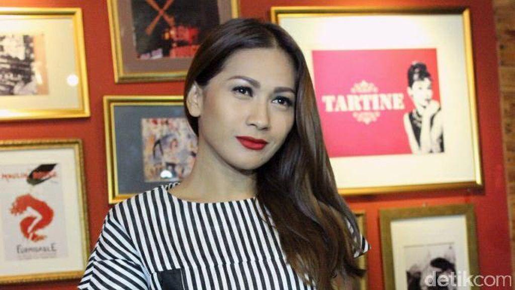 Dari Dewi Dewi, Tata Janeta Merapat ke Barisan Maia Estianty