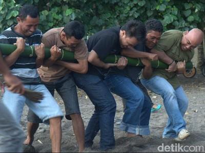 Inilah Atraksi dan Tarian Paling Mistis di Indonesia Timur