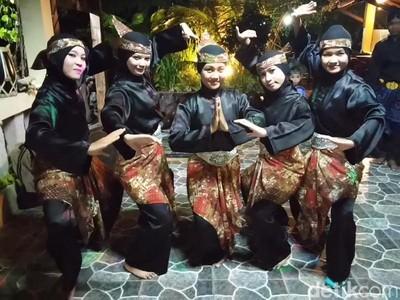 Ngeri-ngeri Sedap! Melihat Atraksi Debus Khas Banten