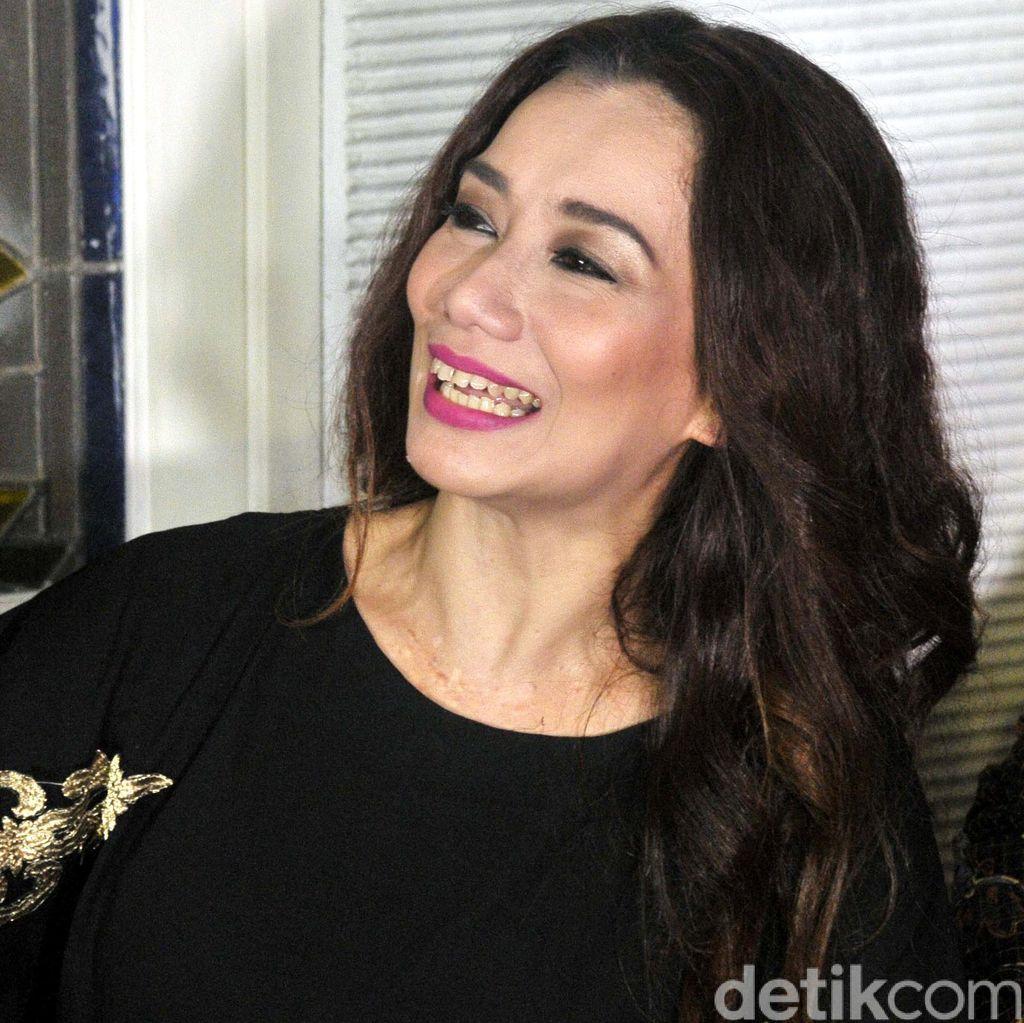 Dugem Bareng Amel Alvi, Reza Artamevia Ajak Dua Putrinya
