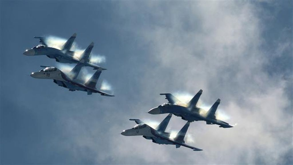RI Beli Sukhoi Rusia, Menhan Pastikan Tak Ada Masalah dengan AS