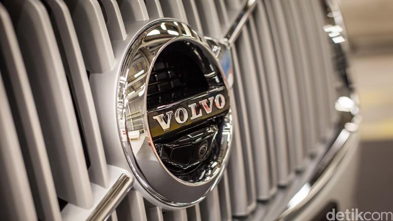Mobil Listrik Pertama Volvo Meluncur di 2019