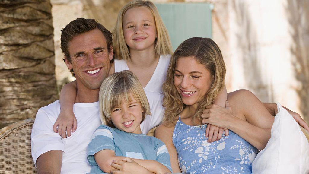 Memahami Alasan Mirip Tidaknya Anak dengan Orang Tua