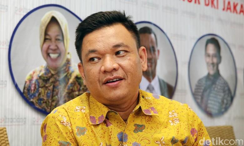 Soal Pujian Arief Poyuono ke - Jakarta Wasekjen Golkar Ace Hasan Syadzily menanggapi pernyataan Waketum Gerindra Arief Poyuono yang memuji kinerja Presiden Sebagai salah