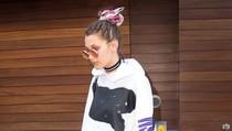 Tak Butuh Heels, Bella Hadid Punya 50 Pasang Sneakers