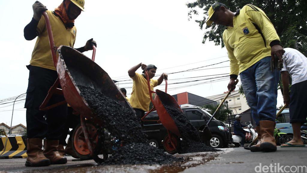 Jalan Nasional di RI Banyak yang Rusak, Ini Penyebabnya