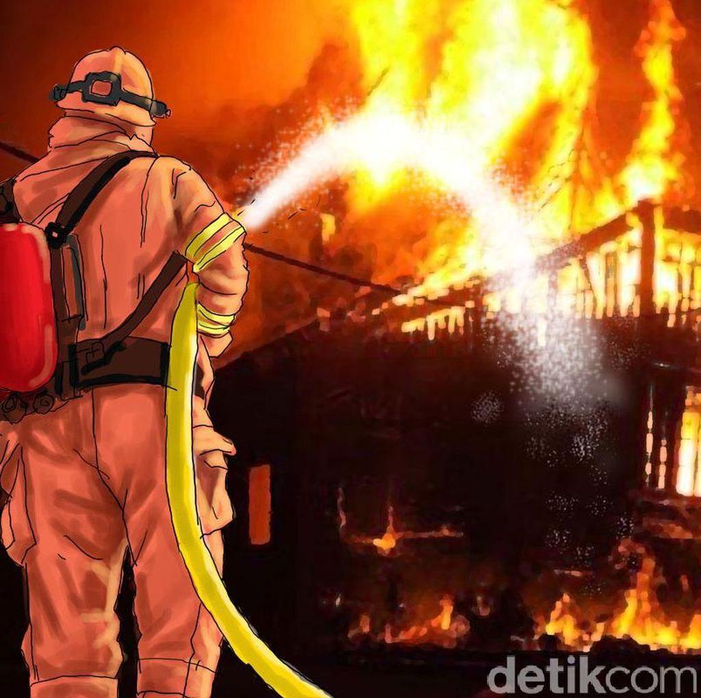 Rumah Terbakar di Tambora Jakbar, 22 Unit Damkar Dikerahkan