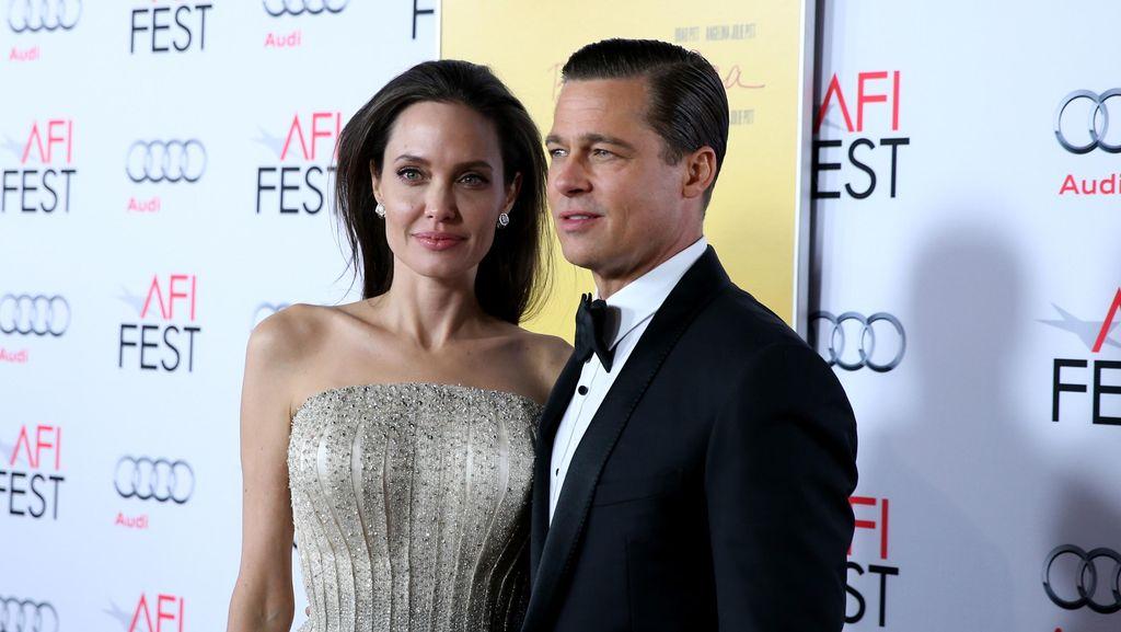 Cerai dari Angelina Jolie, Brad Pitt Kembali Dekati Jennifer Aniston?