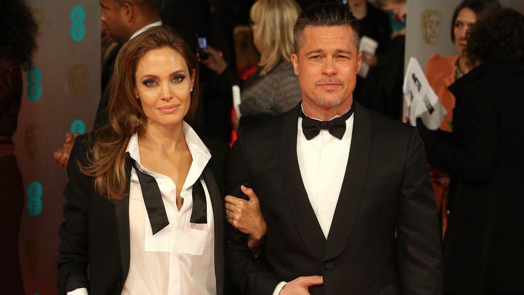 Angelina Jolie Pakai Ilmu Sihir untuk Hancurkan Brad Pitt