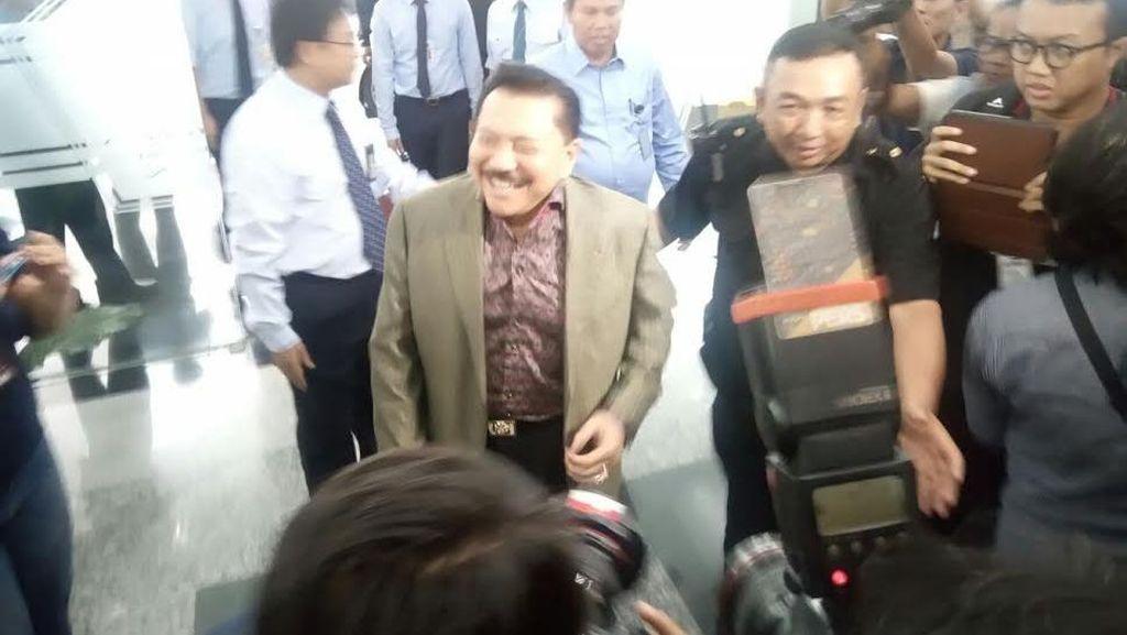 Mantan Kepala BIN Hendropriyono Ikut Tax Amnesty di Kantor Pajak Sudirman