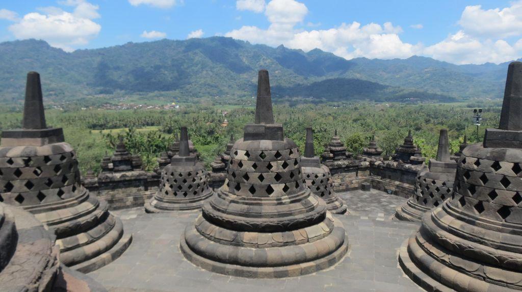 Ajaib, Candi Borobudur Bisa Sepi di Siang Hari