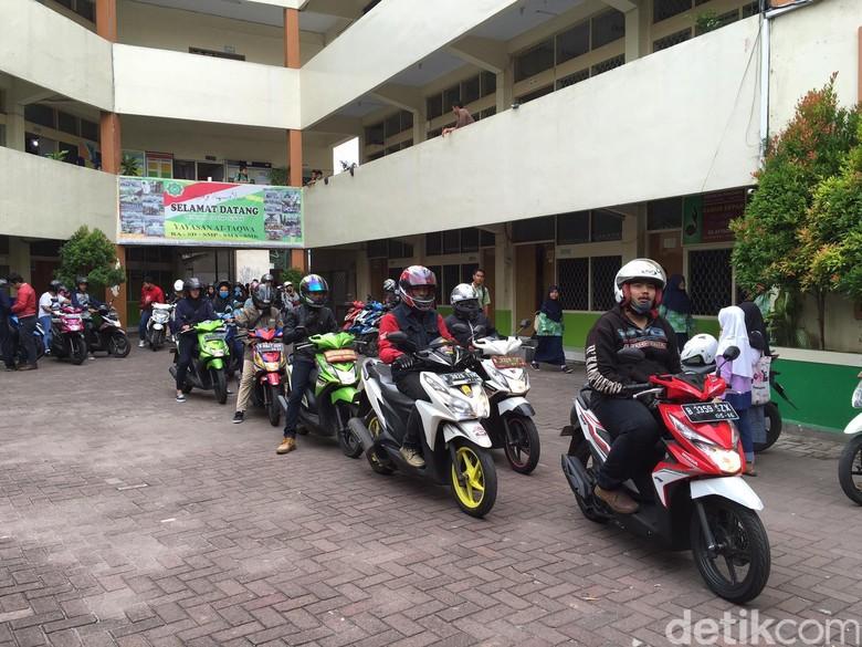Honda Ajari 1.400 Pecinta BeAT Safety Riding