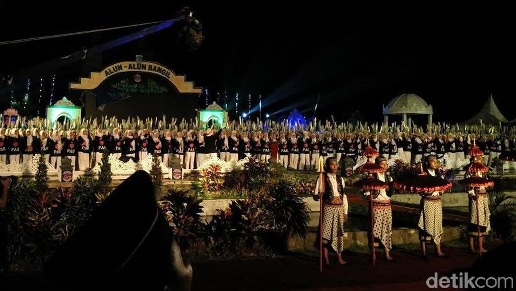 21.087 Peserta Paduan Suara Pasuruan Gemuyu Catatkan Rekor MURI