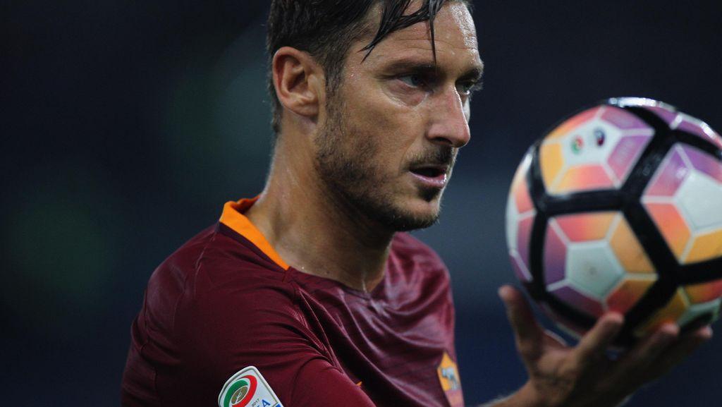 Messi pada Totti: Halo, Francesco, Selamat Ulang Tahun