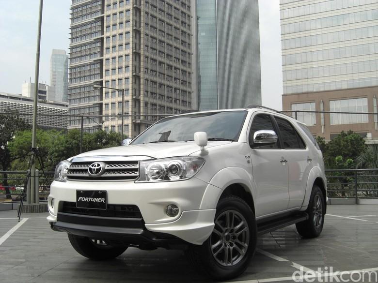 Oli Mesin Apa yang Cocok untuk Fortuner Diesel 2011?