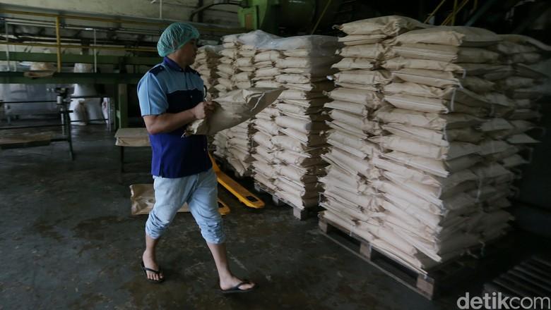 Mendag Gandeng Inkopol Tekan Harga Gula Jadi Rp 12.500