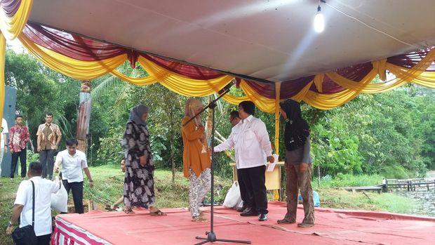 Menteri LHK Siti Nurbaya di Jambi, Rabu (28/9/2016). Foto: Yudhistira Amran Saleh-detikcom