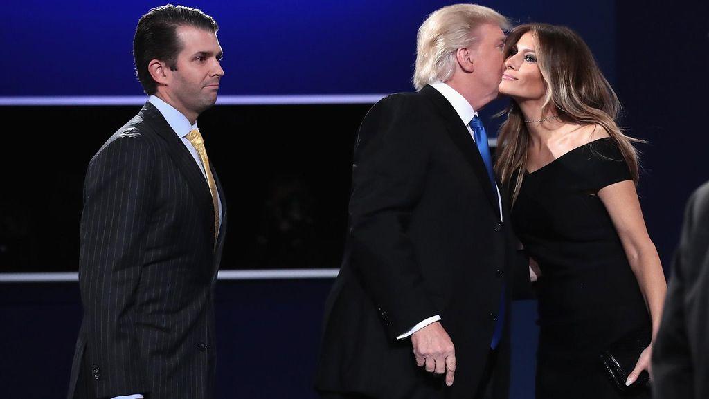 Terungkap Lagi, Masa Lalu Melania Trump yang Merugikan Donald Trump