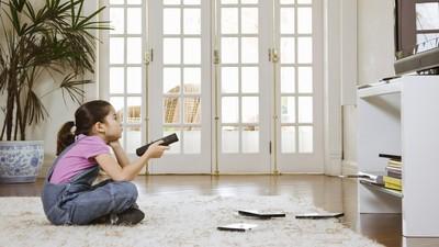 Begini Caranya Agar Anak Bisa Dapat Manfaat dari Menonton TV