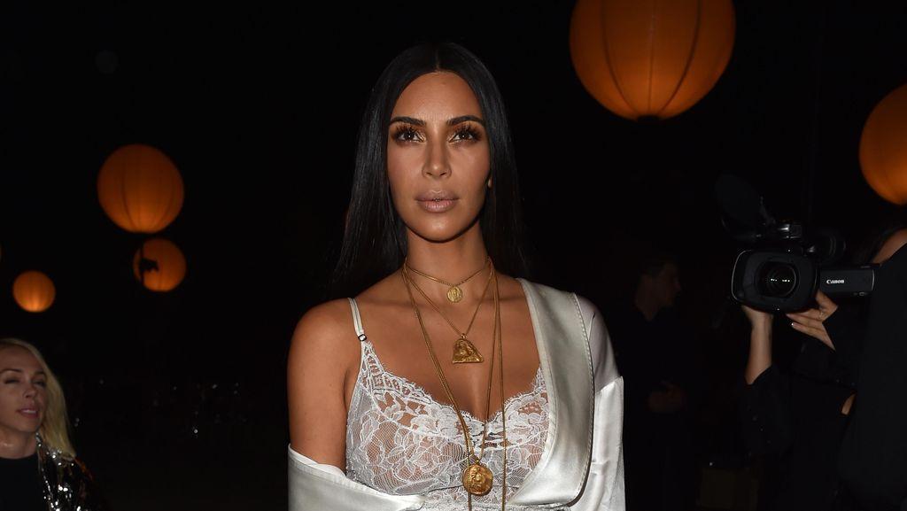 Inikah Deretan Perhiasan Kim Kardashian yang Diambil Perampok?