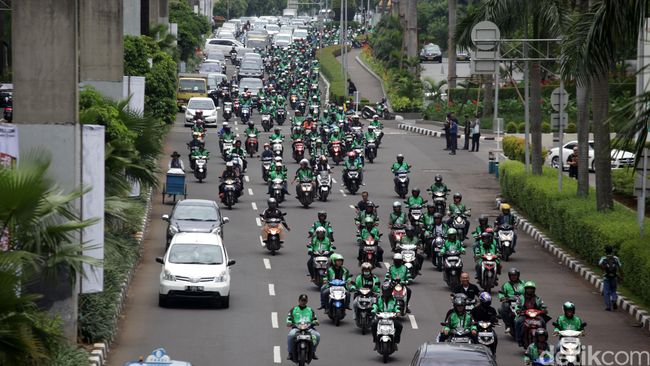 Organda Protes Tarif Murah Ojek Online