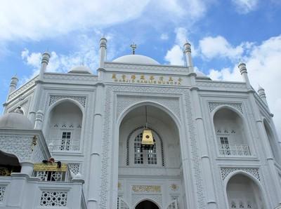 Inilah Masjid Kembaran Taj Mahal di Utara Jakarta