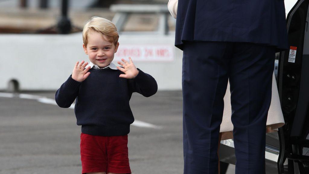 Pangeran William Habiskan Rp 6,2 Juta untuk Seragam Sekolah Pangeran George
