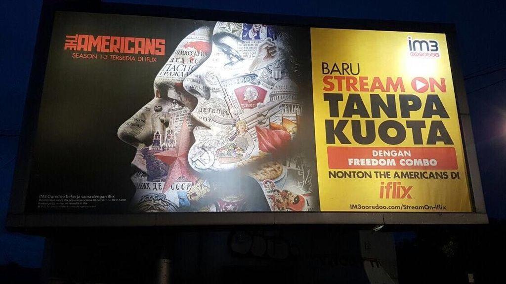 Ini Penjelasan Indosat Ooredo Soal Gambar Palu Arit di Iklan Billboard