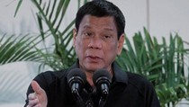 Mengaku Keliling Naik Motor Untuk Bunuh Penjahat, Duterte Bisa Dimakzulkan