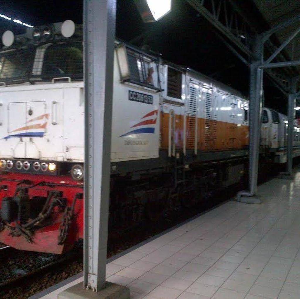 KA Serayu Dilempari Batu di Stasiun Kiaracondong