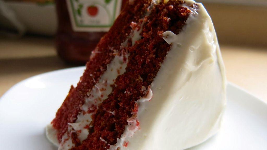 Ini Bukan Cake Biasa, Red Velvet Cake Pakai Saus Tomat Kini Jadi Viral