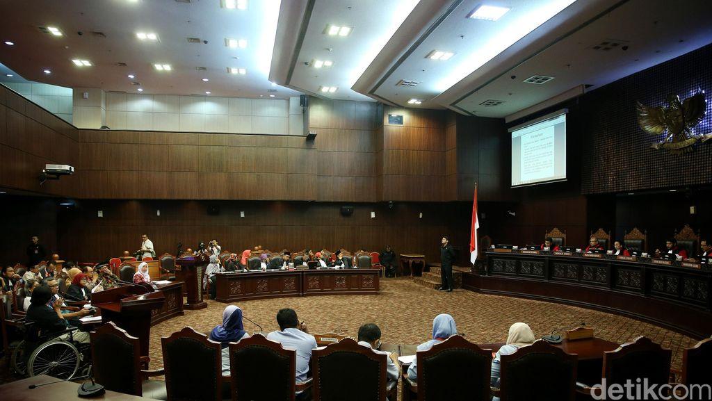 Komnas Perempuan Minta MK Tolak Gugatan Pasal Perzinaan