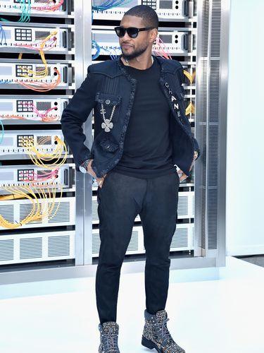 Usher di fashion show Chanel (Foto: Pascal Le Segretain/Getty Images)