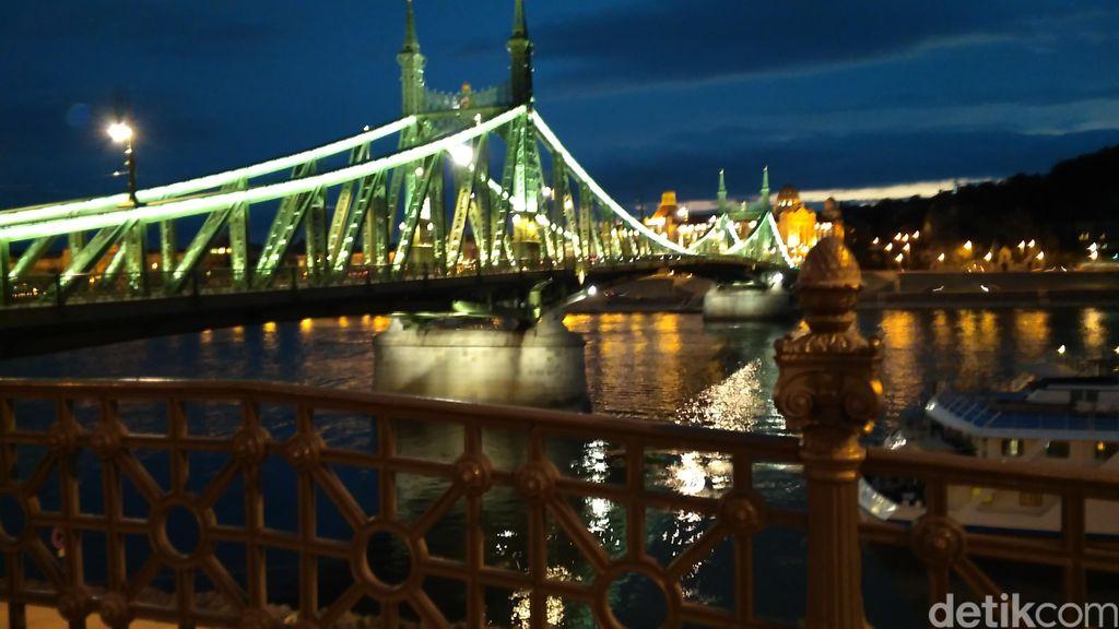 Keindahan Lokasi Syuting Film SYTD2 di Budapest