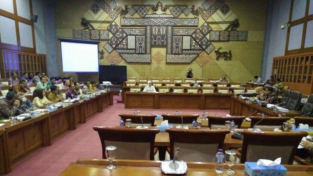 DPR Minta BPJS Ketenagakerjaan Bikin Kantor Cabang di Luar Negeri