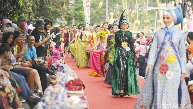 Puteri Indonesia 2016 Akan Melenggok Cantik di Trotoar Banyuwangi