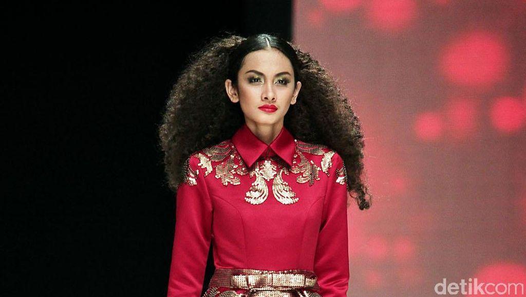 210 Desainer Akan Memeriahkan Indonesia Fashion Week 2017